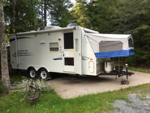 2007 Starcraft 21ft RBH hybrid trailer