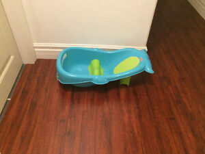 Fisher Price Whale of a Tub. Smoke/Pet free house
