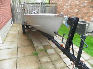 14ft Aluminum Boat, 9.9 Johnson Motor and trailer
