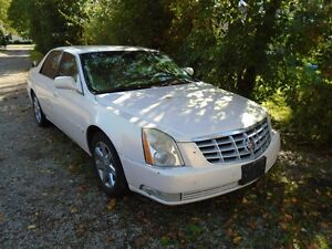 2007 CADILLAC DTS WHOLE OR FOR PARTS