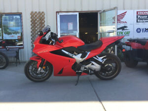 2015 Honda VFR800 with accessories