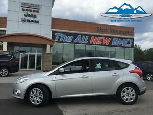 2012 Ford Focus SE  ACCIDENT FREE, LOCAL TRADE, BLUETOOTH/SYNC