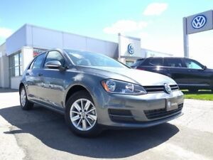 2017 VW Golf 5-Dr 1.8T w/ Connectivity Package