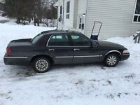 2003 Grand Marquis LS *Fully Loaded*