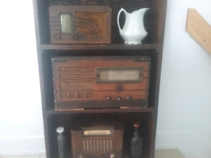 WOW- 3 antiques radios- one is working