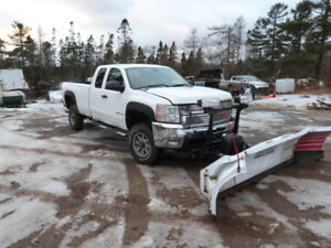 2007.5 chev 3500 4x4 with blizzard plow