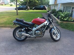 RARE! Mint Condition 1989 Honda Hawk NT650GT