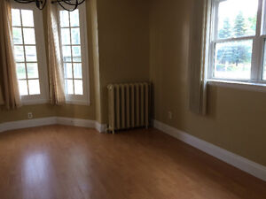 Downtown - large 1 or 2 bedroom from $600!