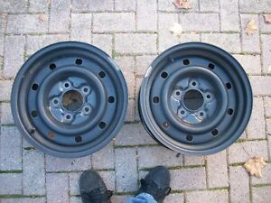 1997-2004 Ford F150 16 inch factory steel wheels London Ontario image 1