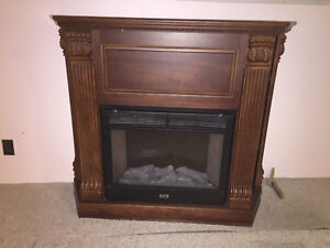 Electric Fireplace - Fantastic Condition!