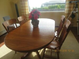 dining room solid wood pine table with matching chairs