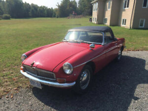 MG MGB - No rust, great driving condition.