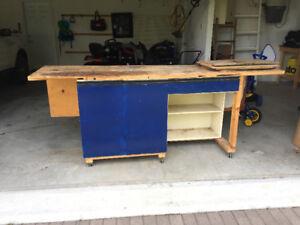 Heavy duty work bench on wheels