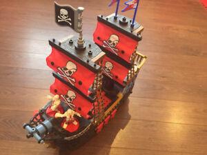 Bateau pirate Fisherprice