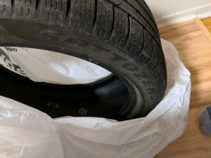 3 Pirelli Sotto Zero run flat winter tires.