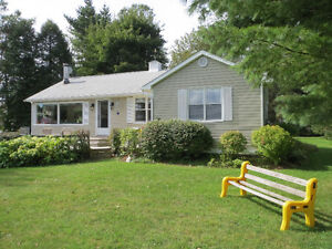Cottage in Shediac by the sea for weekly rental.