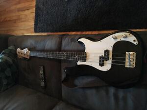 Basse Squier par Fender P-bass