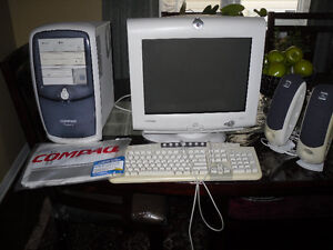 Compaq Computer & Accessories - For Parts and Repair Only