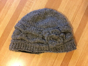 Moving Sale- toques, berets, gloves Kingston Kingston Area image 1