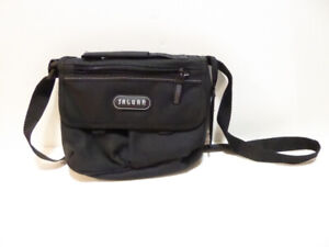 GIRL'S SMALL BLACK CANVAS PURSE WITH MIRROR BY JAGUAR - MINT