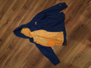 """""""North Face"""", boys spring/fall jacket.  Size s (7/8)."""