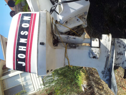 Johnson 120 hp outboard Roxburgh Park Hume Area Preview