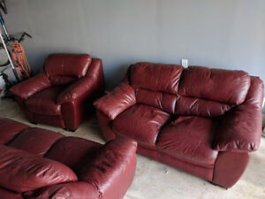 Set of 3 Leather Couches