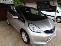 2013 Honda Jazz 1.4i-VTEC ES Manual Petrol Hatchback in Silver