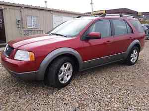 ***3rd ROW SEATING**7 PASSENGER ***2007 FORD FREESTYLE SEL***
