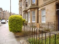 2 bedroom flat in Marchmont Crescent, Marchmont, Edinburgh, EH9 1HQ