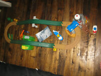 Geotrax ultimate remote control train set with buildings