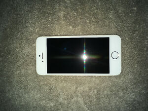 Gold 16GB Apple iPhone 5s