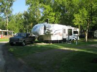 Fifth Wheel and Truck