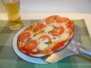 WOODFIRED PIZZA CATERER AVAILABLE FOR YOUR EVENT Kitchener / Waterloo Kitchener Area image 1