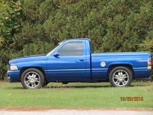 *MINT* 1997 Dodge Ram 1500 London Ontario image 2