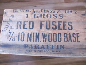 VINTAGE ** 1948 ** WOODEN FUSEES CRATE