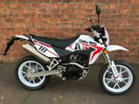 NEW Sinnis Apache SM 125 learner legal own this bike for only £10.90 a week