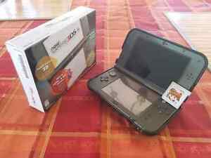 NINTENDO NEW 3DS XL WITH CHARGEUR MINT CONDITION with charger