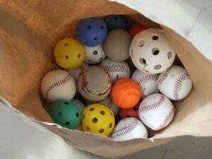 Balles endommagées à donner