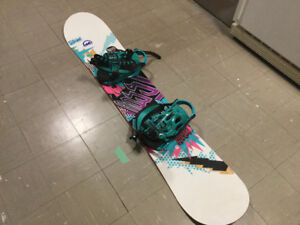 160 cm snowboard and boots