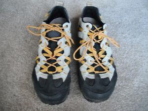 Merrell men's Water Shoes (black/tan/yellow) *size 7-1/2