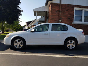 2010 PONTIAC G5   4 DR SEDAN