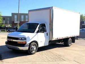 2012 Chevrolet Express 3500, roue doubles - Cube de 16'
