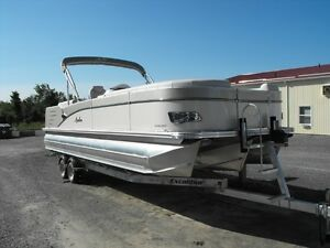 Reduced Demo 2016 Avalon Catalina Entertainer