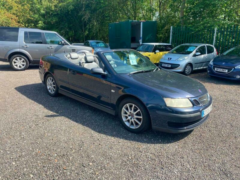 Saab convertible with fully functioning roof, FSH spares or repairs only!