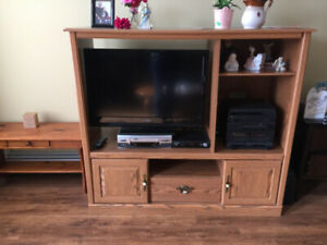 tv cabinet for sale in vg cond $50