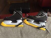 Ice hockey : skate boots like new