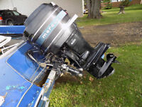 14.5 ft Northcraft 50 hp mercury outboard 1000$