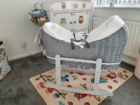Moses basket (4 months of use)