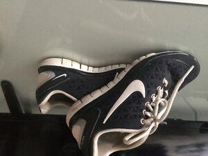 Nike Sneakers/Sperry Top Siders